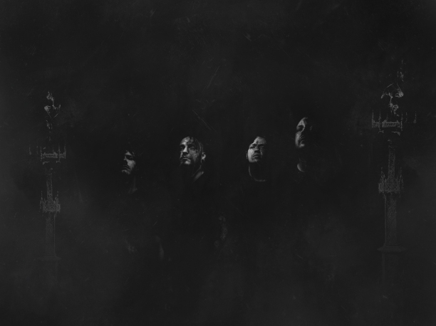 Throne-MMXVIII_Group_02
