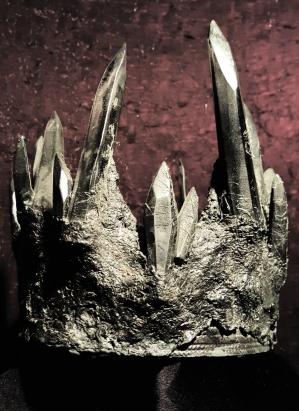 Black crystal crown. In collaboration w/ Karianne Gottschalk.