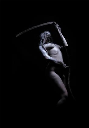 Dark-Medieval-Times_Breezy-001