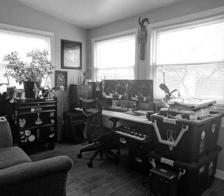 studio-001